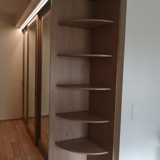 liugustega garderoob 1